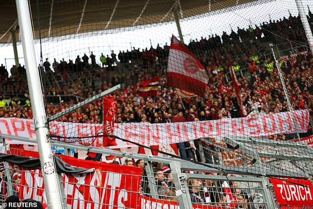 Các sân vận động ở Đức luôn chật kín các CĐV
