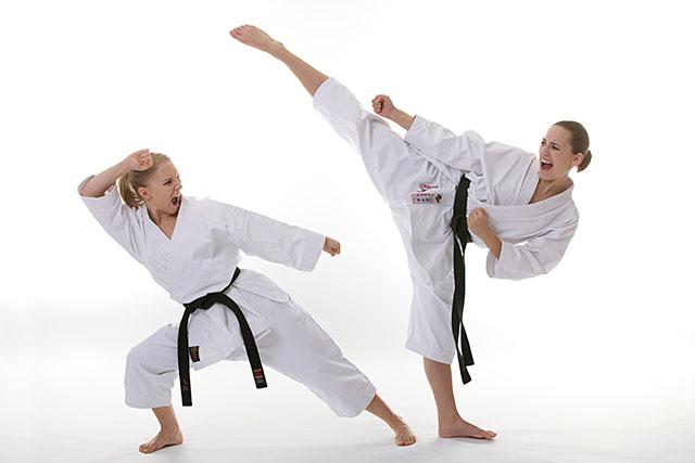 Nằm mơ thấy đấu võ karate có ý nghĩa gì? Điềm báo tốt hay xấu?